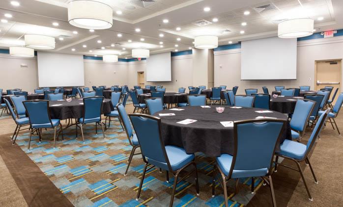 Drury Inn & Suites Burlington - Meeting Room