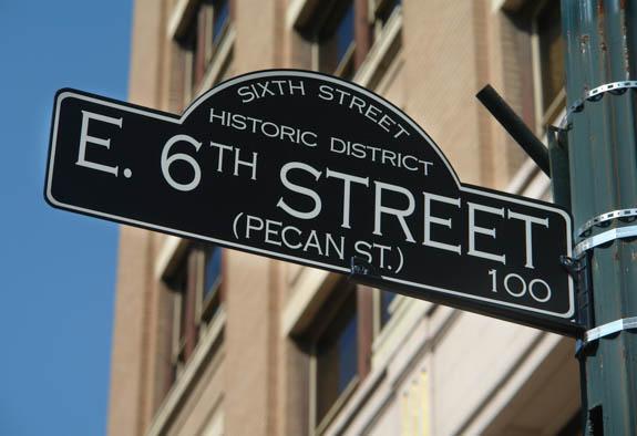 6th Street Sign
