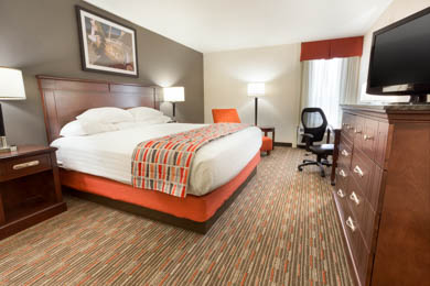 Drury Inn Airport St. Louis - Deluxe King Room
