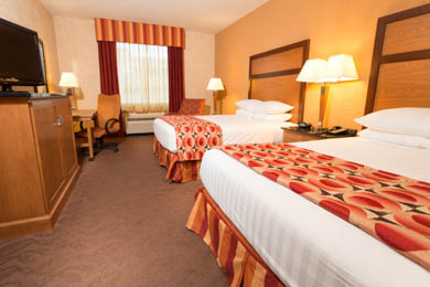Drury Inn & Suites Happy Valley - Deluxe Queen Room