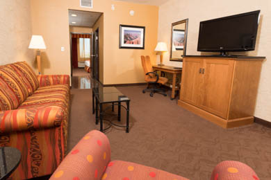 Drury Inn & Suites Happy Valley - Suite