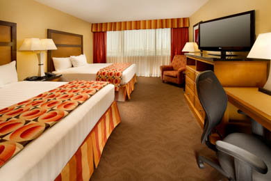Drury Inn & Suites Airport Phoenix - Deluxe Queen Room