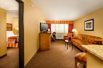 Drury Inn & Suites Airport Phoenix - Suite