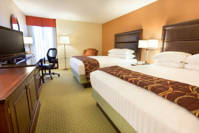 Drury Inn & Suites Near The Tech Center Denver - Deluxe Queen Room