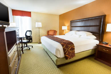 Drury Inn & Suites Near The Tech Center Denver - Deluxe King Room