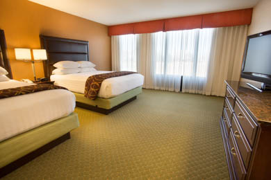 Drury Inn & Suites Near The Tech Center Denver - Queen Suite