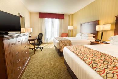 Drury Inn & Suites Denver Stapleton - Deluxe Queen Room