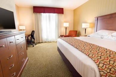 Drury Inn & Suites Denver Stapleton - Deluxe King Room