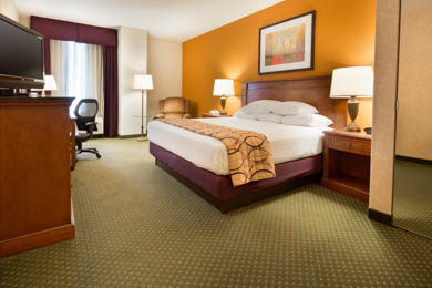 Drury Inn & Suites Northeast Indianapolis - Oversized Deluxe King