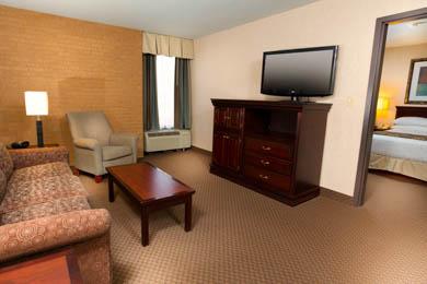 Drury Inn & Suites Overland Park - Suite