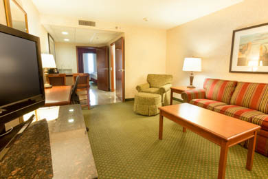 Drury Inn & Suites St. Louis near Forest Park - Suite