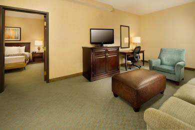 Drury Inn & Suites Jackson - Suite