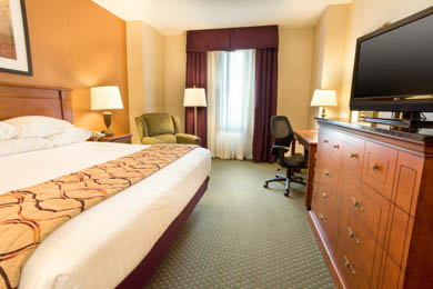 Drury Inn & Suites Northlake - Deluxe King Room