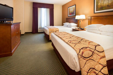 Drury Inn & Suites Findlay - Queen Suite