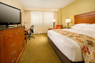 Drury Plaza Hotel Nashville Franklin - Deluxe King Room