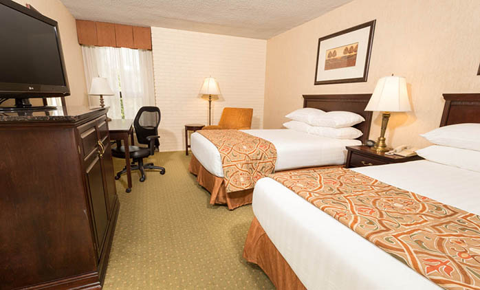Drury Inn & Suites Nashville Airport - Deluxe Queen Room