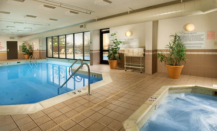 Drury Inn & Suites Nashville Airport - Swimming Pool