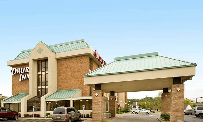 Drury Inn Shawnee Mission - Hotel Exterior