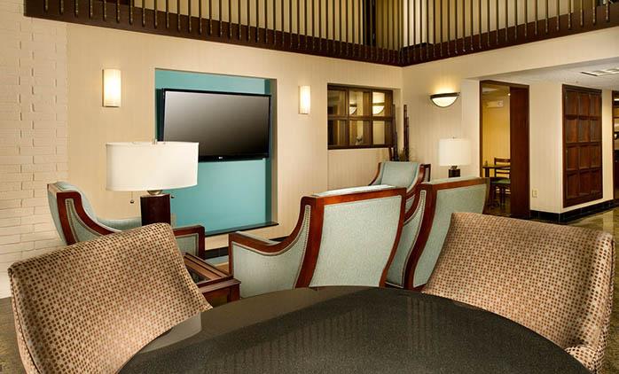 Drury Inn & Suites Stadium Kansas City - Lobby