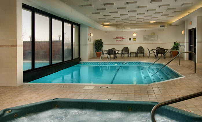Drury Inn & Suites Fairview Heights - Indoor/Outdoor Pool