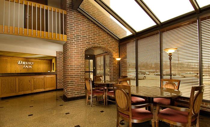 Drury Inn Poplar Bluff - Lobby