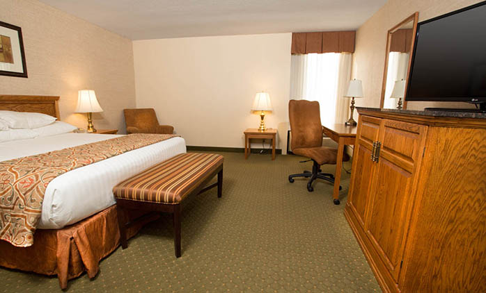 Pear Tree Inn Rolla - Deluxe King Room
