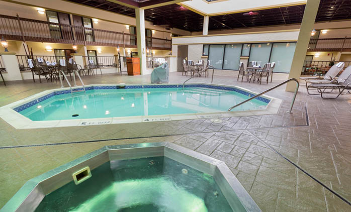 Drury Inn & Suites Convention Center St. Louis - Indoor Pool