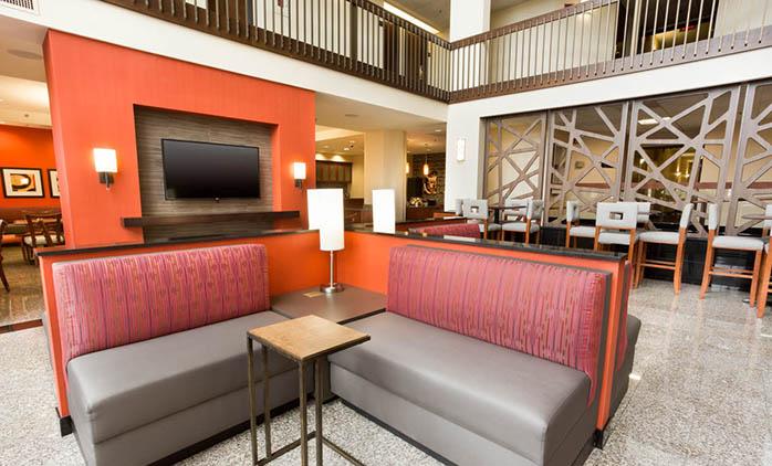 Drury Inn Airport St. Louis - Lobby