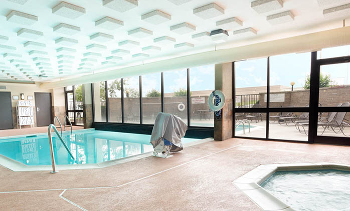 Drury Inn & Suites South Atlanta - Indoor/Outdoor Pool