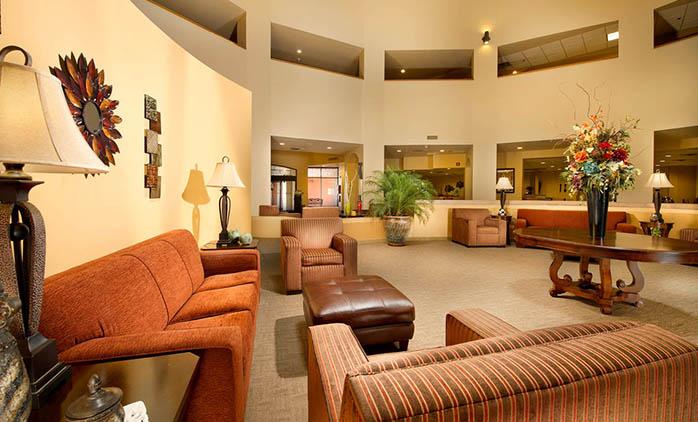 Drury Inn & Suites Airport Phoenix - Lobby