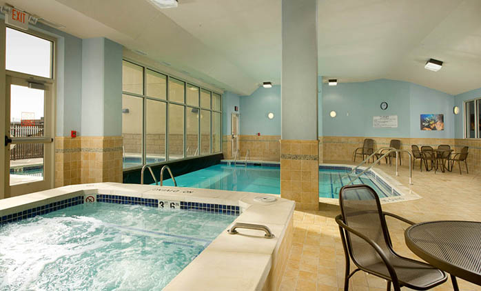 Drury Inn & Suites Denver Westminster - Indoor/Outdoor Pool