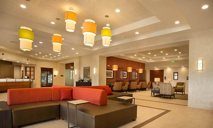Drury Inn & Suites Denver Stapleton - Lobby