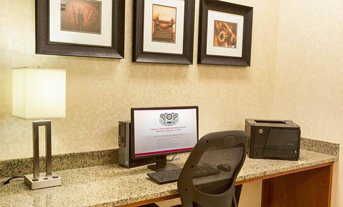Drury Inn & Suites Denver Stapleton - Business Center