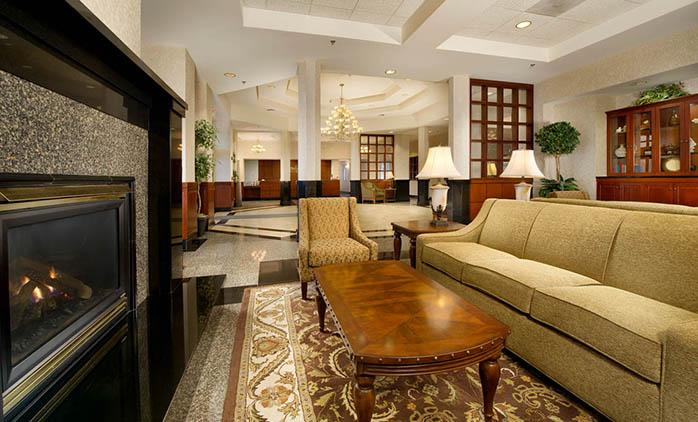 Drury Inn & Suites O'Fallon - Lobby