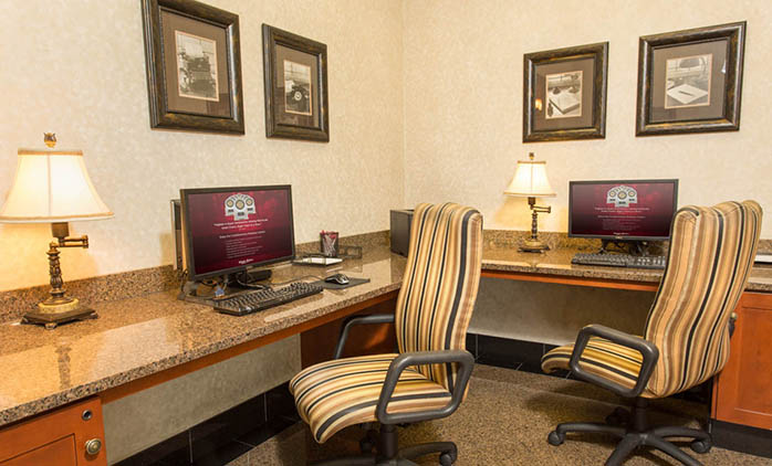 Drury Inn & Suites Northeast Indianapolis - Business Center