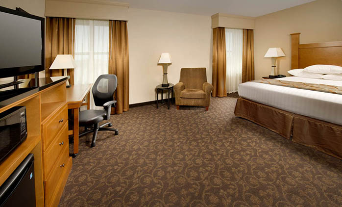Drury Plaza Hotel Broadview - Deluxe King Room