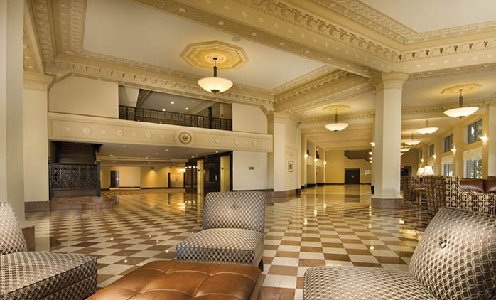 Drury Plaza Hotel Broadview Wichita Lobby