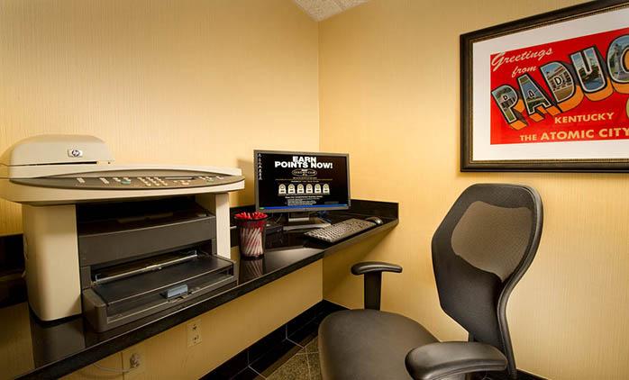 Drury Inn Paducah - Business Center