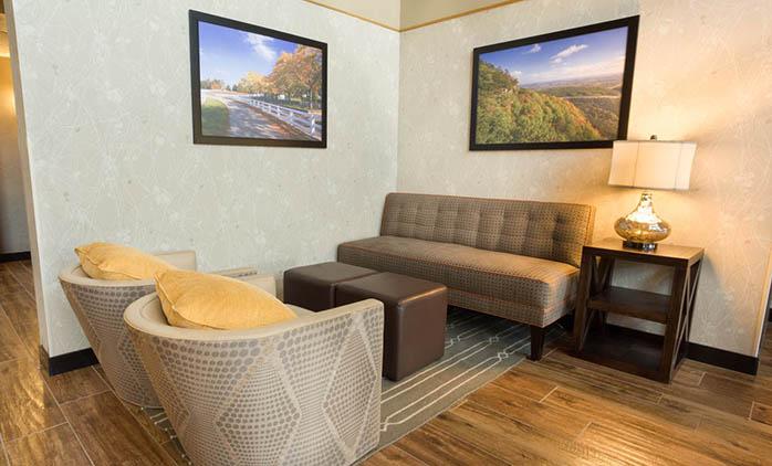 Drury Inn & Suites Paducah - Lobby