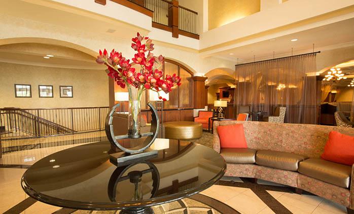 Drury Plaza Hotel Chesterfield - Lobby