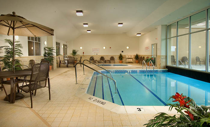 Drury Inn & Suites St. Louis Arnold - Swimming Pool