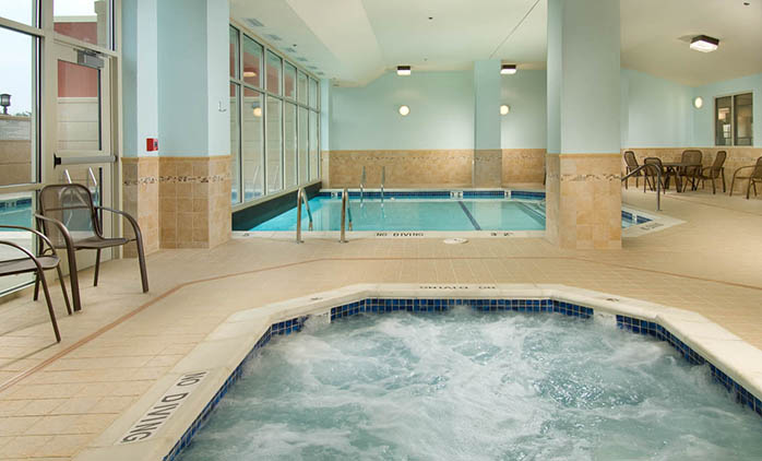 Drury Inn & Suites Independence - Indoor/Outdoor Pool
