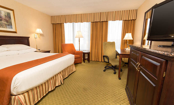 Drury Inn & Suites South Memphis - Deluxe King Room