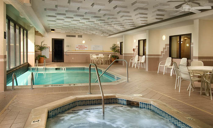 Drury Inn & Suites South Memphis - Indoor/Outdoor Pool