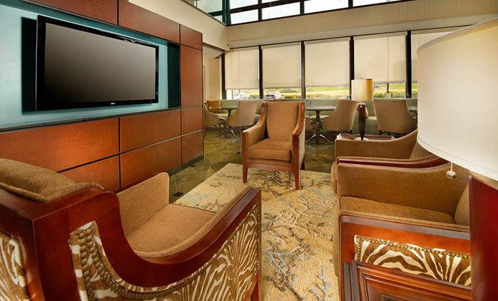 Drury Inn & Suites Jackson - Lobby