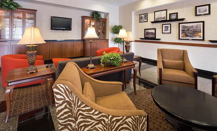 Drury Inn & Suites Meridian - Lobby