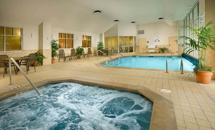 Drury Inn & Suites Charlotte Northlake - Drury Hotels