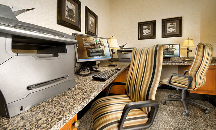 Drury Inn & Suites Northlake - Business Center