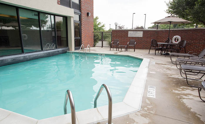 Drury Inn & Suites Northwest Columbus - Indoor/Outdoor Pool