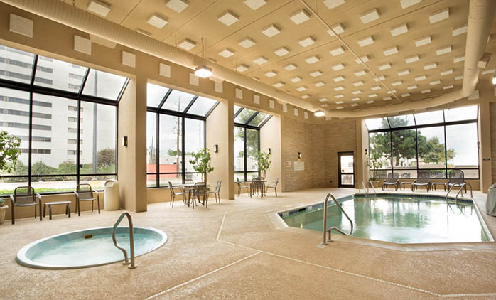 Drury Inn & Suites Houston West/Energy Corridor - Indoor Pool